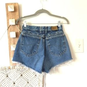 Lee High Waisted Distressed Frayed Jean Shorts VTG